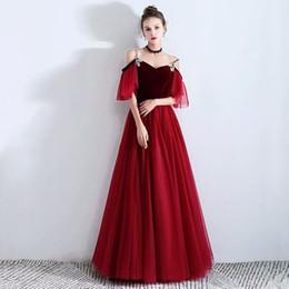 Vestido vermelho vestido de dama de honra on-line-2019 mais recente vestido de dama de honra do bordado vermelho clássico vintage com applique