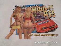 Kleiner arsch online-NEU T Shirts Hauling Ass At The Speedway Weiß Double Print Small Large XL