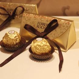 Bolsa de papel de doces on-line-De casamento de ouro do bebê Ferrero Doce Festa Gift Box presentes do chuveiro Paper Candy Caixa Rocher Caixas de doces Bolsas 9,8 * 5 * 4,7 centímetros