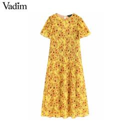 Gros femmes floral jaune en mousseline de soie midi robe plissée à manches courtes o cou femme élégante mi mollet robes robe ? partir de fabricateur