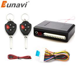système de verrouillage central Promotion Eunavi Universal Auto Remote Kit Central Kit Lock UnlocK Système d'entrée sans clé LED de verrouillage central Indiquent le bouton de déverrouillage du coffre