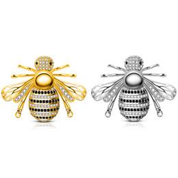 2019 2 Renkler Fabrika Doğrudan Sıcak Satış Sevimli Böcek Arı Broş Rhinestone Yaka Pin Broş Kadın Erkek Takı Gelin Düğün Için nereden