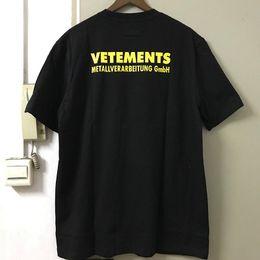 tee-shirt jaune à manches longues Promotion Lettre Jaune Imprimer Broderie Vetement T-shirts Hommes Femmes Hip Hop Street Wear T-Shirt Manches Courtes Vetements Top Tees