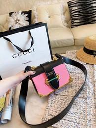 Alta qualidade clássico designer de moda cadeia bolsa bolsa de luxo conjunto de spray de viagem senhoras PU carteira de couro bolsa de ombro bolsa feminina B008 de
