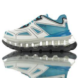 2019 leather lined running shoes Designer von Triple S führt Linie von erhöhten Turnschuhen ein 53045 Chunky Running Style Triple-S Herren Damen Leder Freizeitschuhe rabatt leather lined running shoes