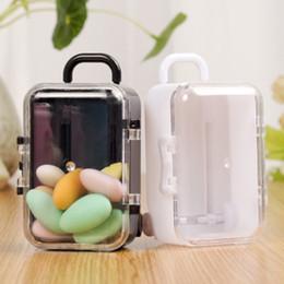 Mini caixas para doces on-line-Wedding Shower caixa dos doces do favor do casamento Caixa de plástico acrílico claro Mini rolamento Travel Suitcase bebê favores Suprimentos Decoração da tabela do partido