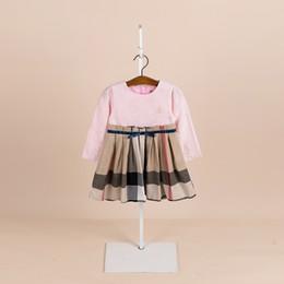 Meninas vestidos de grife meninas clother meninas manga longa emenda xadrez vestido plissado crianças floral bordado Arcos cinto vestido de princesa F9469 de