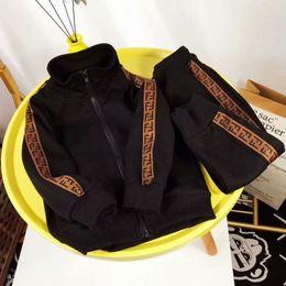 Хлопок бейсбол штаны онлайн-2019 новый детский спортивный костюм мальчиков и девочек бейсбол куртка + повседневные брюки бренд моды F письмо хлопок рубашка / балахон
