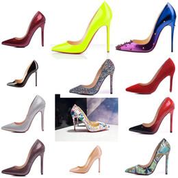 2019 bomba bdsm Marca New Designer de couro clássico Mulheres Red Bottoms alta patente saltos Pointy Toe Vestido rasos sapatos de luxo Boca Red Sole sapatos de casamento