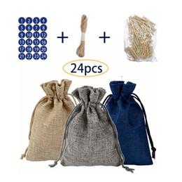 3 Presentes de Natal Cor Sack Saco Calendário imitação de serapilheira pequeno Linen Bag Saco de Papai Noel Saco dos doces For Kids de