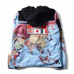 Abrigos beige online-Chaqueta de lujo para hombre Ropa Hombres Mujeres Mapa del Mundo Diseñador reflexiva de la chaqueta para hombre de la chaqueta del diseñador capa del invierno tamaño M-XXL