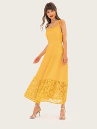Canada 2019 été Europe et États-Unis nouvelle écharpe enveloppée poitrine jupe longue couture creuse jaune robe fashion robe de soirée supplier yellow midi skirts Offre