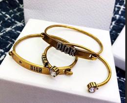 ensemble de mariage en or blanc 18 carats Promotion Bracelet matériel punk en laiton avec diamant blanc et étoile et conception de mots de 3pcs dans un ensemble de bijoux de mariage pour femmes PS5399A-20