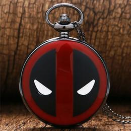 deadpool colares Desconto Legal Deadpool Tema Relógio de Bolso Design Preto Vermelho Caso Homens Mulheres Relógio de Quartzo Pingente de Presente para Crianças com Colar de Corrente
