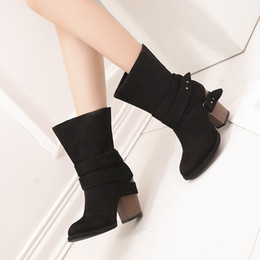 2019 botas estilo europeo mujeres Zapatos de lujo, mujeres, diseñadores, estilo europeo, lwo, tacón, mujer de invierno, botas de gran tamaño, botines, auténticos británicos, bajos, mujer 2018, grandes botas estilo europeo mujeres baratos