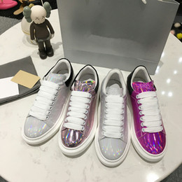Femmes Chaussures Designer Casual Party Dress Chaussures Baskets Pas Cher Hommes avec Spikes Mode Casual Hommes Chaussures xrx19041313 ? partir de fabricateur