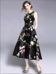Canada 2019 femmes nouvelle mode fleur mince robes filles casual été élégante robes européennes conception dîner robe sans manches # A230 cheap elegant european dresses for girls Offre