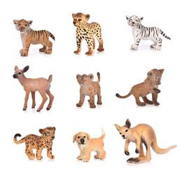 Cachorros de brinquedo de plástico para crianças on-line-Hot 20 Estilo Zoo Simulação Tiger Dog Elephant Deer Plástico Floresta Selvagem Animais Brinquedos Estatueta Home Decor Presente Para As Crianças