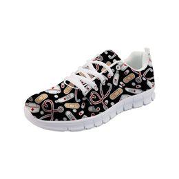 Noisydesigns Mujeres Pisos Transpirables Moda Dibujos Animados Enfermera Imprimir Malla Zapatillas Casual Damas Ligero Slip-on Zapatos de enfermería desde fabricantes
