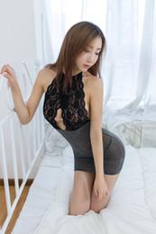 От секса женская грудь свисает