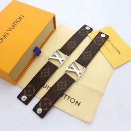 Leder breites armband für männer online-Luxus Designer schwarz braun echte echte Kuh Leder Charm Makramee breite große Armband L V Armreif Männer Frauen Schmuck Loui Vuitto