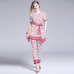 mulheres vestindo uniforme de enfermeiras Desconto Calças de duas peças de moda elegante feminino, agradável impresso Runway estilo conjuntos de 2 peças da senhora, beleza t-shirt e 9/10 conjuntos de calças compridas
