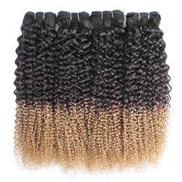 Jerry curl человеческие волосы weave 18 онлайн-Ombre блондинка вьющиеся волосы переплетения пучки Джерри Curl 1B 4 27 три тона 12-24 дюйма 3 или 4 шт бразильские наращивание человеческих волос