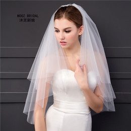 Simple Style Bridal Veils 2T Cut Edge Elegant Soft Tulle 2017 Real Pictures Wholesale Price White Ivory Short Wedding von Fabrikanten
