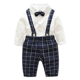 Pajaritas tirantes online-Baby Boy Clothing Set Solid Bow-Tie Tops Tirantes Pantalones Conjunto de dos piezas Baby Boy Clothes Kids Designer Clothes Boys 07