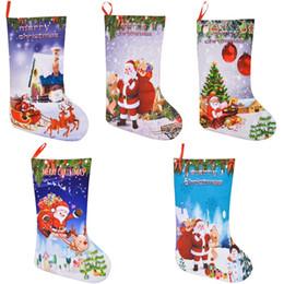 2019 sacos de feltro de natal Presente meia do Natal Bolsas feltro Ornamento Pano Stocking doces do presente decorações de Natal 3D Saco do Natal de Santa Impresso sacos de feltro de natal barato