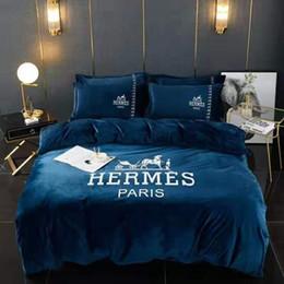 2019 weiße prinzessin tröster set Marken Brief Drucken Warme Baumwolle Bettwäsche-Sets Designer Neue Haushalt Schlafzimmer 100% Baumwolle Hause Bettwäsche Tröster 200 * 230 CM