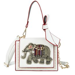 Вышивка слона онлайн-2019 Spring  original design Bags Elephant Animal Embroidery Rivet Fashion Ladies Hand Bags Women Pu Leather Shoulder Bag