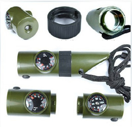 Termômetro de caminhada ao ar livre on-line-New 7 em 1 Mini SOS Survival Kit Camping Survival Whistle Tools Com Bússola Termômetro Lanterna Magnifier Outdoor Caminhadas Gadgets ZZA1167