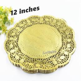 2019 runde spitzen-tischsets (100 teile / paket) neuheiten 12 zoll gold farbige runde papier spitze deckchen cupcake brot tischsets zu hause geschirr günstig runde spitzen-tischsets