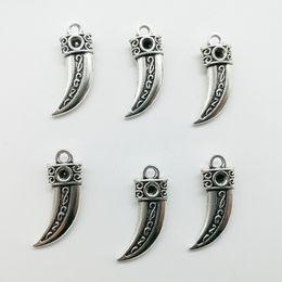100 pcs dente de lobo pingentes de prata antigo encantos jóias DIY Colar Pulseira Brincos acessórios 22 * 10mm Personalizar Geração de entrega de Fornecedores de colar de gerações