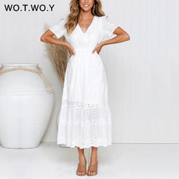 Frauen beiläufige kleider weiße baumwolle online-Wotwoy Weiß Gestickte Baumwolle Knöchellange Kleider Frauen Sommer Kette Aushöhlen Dünne A-Linie Langes Kleid Weiblicher Beiläufiger V-ausschnitt Y19073001