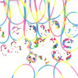2019 collier pendentif cheval Licorne Pendentif Arc-En-Cheval Cheval Colliers de Bande Dessinée Sirène Colliers Enfants Jouets En Caoutchouc Fête D'anniversaire Enfants Filles PVC Chaîne Bijoux GGA2497 promotion collier pendentif cheval