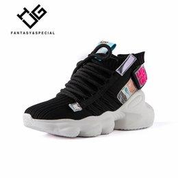 Zapatos de cerdos online-IGU Negro zapatillas de deporte de la plataforma para las mujeres zapatos planos Tenis Feminino estiramiento Calcetines Alto-top de los zapatos de las mujeres fluorescentes cerdo transpirable