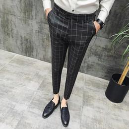 2020 vestito di lavoro degli uomini 2019 Nuovo plaid Tuta Mutanda degli uomini del progettista di marca Signori Stile abbigliamento britannica giacca Pantalone uomo d'affari Casual Pantaloni uomini lavorano sconti vestito di lavoro degli uomini