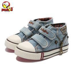 zapatos de jeans para niños Rebajas Nuevo 2019 Lienzo de primavera Zapatos para niños Zapatillas Zapatillas de deporte de la marca para niños Jeans Denim Botas planas Zapatos de bebé para niños pequeños Y19051303