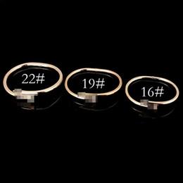 grandes pulseiras para as mulheres atacado Desconto Alta qualidade de ouro 18K-banhado a ouro rosa / silverJewelry Titanium Aço Inoxidável Elegante pulseira de cristal Mulheres de ouro pulseiras de amor