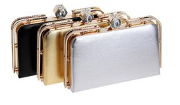 Sacchetto di metallo di sera online-Fashion Women Pu Bag Diamonds Clutch Evening Bag Metal Gold Chain Shoulder Handbags Borsa Messenger piccola borsa da sposa