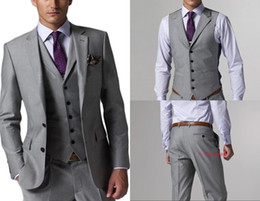 2019 vestiti groomsmen tuxedos dello sposo grigio Smoking dello sposo Slim Fit Groomsmen Light Grey Side Vent Wedding Vestito da uomo completo Suit da uomo (Jacket + Pants + Vest + Tie) Custom Made vestiti groomsmen tuxedos dello sposo grigio economici