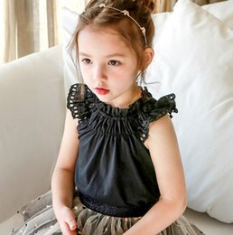 6998cbf9a21 Сладкая детская блузка для девочек с рюшами и воротником из кружева с полой  вышивкой Falbala fly seeve рубашка дети хлопка топ принцессы белый черный  F5950