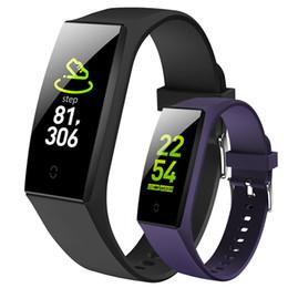 montres de variété Promotion Écran couleur V18 Bracelet intelligent Variété de cadran Bande de sport Bande de surveillance de la fréquence cardiaque Surveillance du sommeil Surveillance intelligente