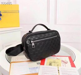 Mens Bags Luxury Mens Wasit Bag Designer Designal Handbags Purses with  Letter 2019 New Fashion Simple Style Very Hot Genuine Leather Lattice f7e5e8671f80d