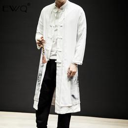 zwei männer graben Rabatt EWQ 2019 Spring Fashion Men Zweiteiliges Set Lange Outwear Mantel chinesischen Stil Jahrgang Druck-Mann-Mantel-Jacke beiläufige Trench HD633
