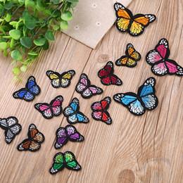 patch di ferro a farfalla Sconti 10 pezzi / set Stirare il ferro sulle toppe per l'abbigliamento Patch per ricamo farfalla multicolore Appliques Adesivi per vestiti
