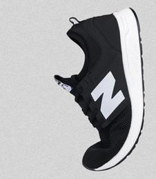 2019 Горячие продажи новинок досуга 274 мужчин кроссовки вентилируемые чистый цвет обуви мужская повседневная спортивная обувь британская мужская обувь от Поставщики вентилируемые мужские туфли