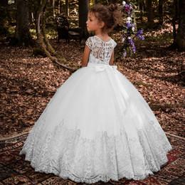 Lovey holy lace princesa flor menina vestidos 2019 vestido de baile primeira comunhão vestidos para meninas sem mangas de tule criança pageant vestidos de Fornecedores de lavanda alto baixo alto